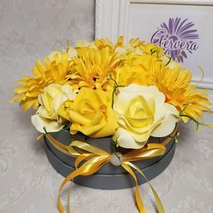 Sárga rózsa, gerbera virágbox  (gervera) - Meska.hu