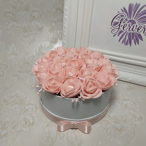 Mini virágbox, púderrózsaszín rózsa (gervera) - Meska.hu