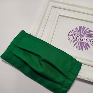 Kétrétegű textilmaszk, zöld színű (gervera) - Meska.hu