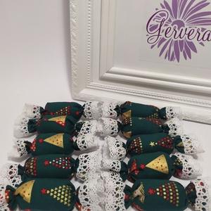 Szaloncukor, textil, zöld, Otthon & Lakás, Karácsony & Mikulás, Karácsonyfadísz, Varrás, Textil szaloncukrok, karácsonyi dekorációnak, ajándék kísérőnek,\nPamutvászonból varrtam, puha vateli..., Meska