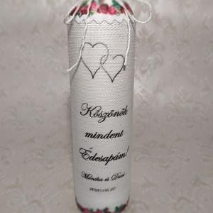 Pálinkás üveg, köszönőajándék, Esküvő, Emlék & Ajándék, Köszönőajándék, Decoupage, transzfer és szalvétatechnika, Kedves vásárlóm egyedi elképzelése alapján készítettem el a két pálinkás üveget.\nFehér zsinórral tek..., Meska
