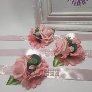 Rószaszín csuklódísz, Karkötő & Csuklódísz, Ékszer, Esküvő, Virágkötés, Prémium minőségű, élethű selyem virágból készítettem.\nEgyedi, elegáns kiegészítő.\nÁrmérője:9 cm\nA sz..., Meska