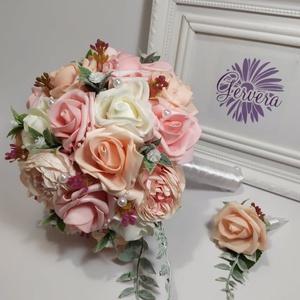 Rózsaszín álom menyasszonyi csokor, Esküvő, Menyasszonyi- és dobócsokor, Virágkötés, Barack,rózsaszín, fehér habrózsából és peóniából készült. Fogó részét selyemszalaggal kötöttem át, g..., Meska