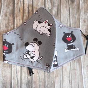 Crazy Cuties kutyás maszk , Maszk, Arcmaszk, Varrás, 3 rétegű maszk szürke alapon bolondos kutyákkal. 40 fokon mosható, 150 fokon vasalható, filterezhető..., Meska
