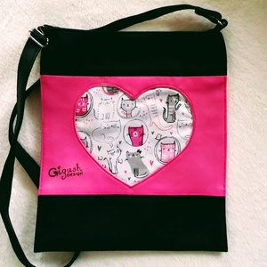 Cicás táska, Táska, Válltáska, oldaltáska, Varrás, Műbőrből, és designer textilből készült táska. Belsejében egy telefon vagy zsepitartó tasak, és egy..., Meska