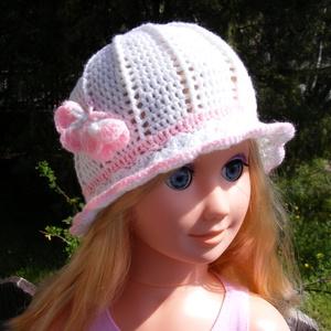 Fehér pillangós kislány kalap 6-9 hónapos korig, Ruha & Divat, Sál, Sapka, Kendő, Kalap, Fehér pillangós kislány nyári kalap rózsaszín díszítéssel 6-9 hónapos korig. Kézmeleg 30 fokos vízbe..., Meska