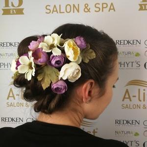 Esküvői hajdísz/kontytű GINAPPI_VH1, Kontydísz & Hajdísz, Hajdísz, Esküvő, Mindenmás, A csomag 9 db virágot és 3 db levelet tartalmaz, amely tetszés szerint variálható a hajban, mert min..., Meska