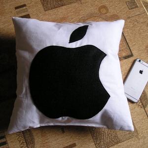 Apple párna - Meska.hu