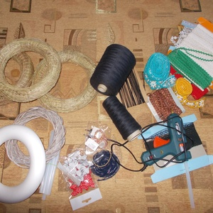 Hatalmas kreatív csomag jelképes áron!, Otthon & lakás, Kreatív csomag jelképes áron Tartalma 99 % - ban új, a ragasztópisztolyt 1x használtam Csomagot nem ..., Meska