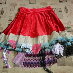 Egyedi gipsy szoknya XL, Ruha & Divat, Női ruha, Szoknya, Egyedi gipsy szoknya, fesztiválszoknya A piros anyag rugalmas Dereka gumis, bősége kb. 74-94 cm Hoss..., Meska