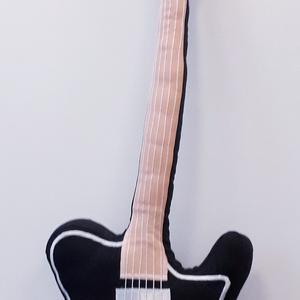 Gitár alakú párna - Fender Telecaster típusú Gitár Párna , Otthon & Lakás, Párna & Párnahuzat, Lakástextil, Varrás, Meska