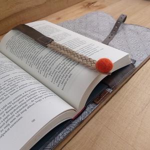 Könyv védő tok / Könyvtok / Valódi bőr könyvborító fonott könyvjelzővel / ajándék horror rajongóknak, könyvmolyoknak (globerina) - Meska.hu