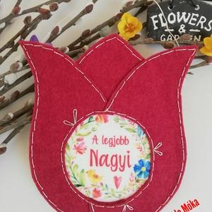 Anyák napi tulipán, Csokor & Virágdísz, Dekoráció, Otthon & Lakás, Varrás, Anyák napi tulipán\nTökéletes,maradandó emlék anyáknak,nagyiknak. 17*15 cm nagyságú 3mm vastag felaka..., Meska