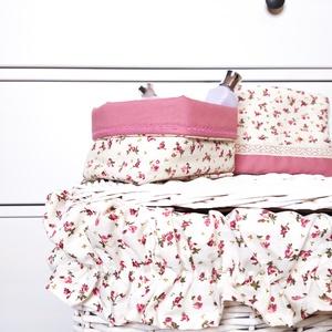 Fürdőszobai szett, Otthon & Lakás, Fürdőszoba, Fürdőszobai tároló, Varrás, Fürdőszobai textil kiegészítők, romantikus hangulatú virág mintás pamutvászonból. \nA szett tartalma:..., Meska
