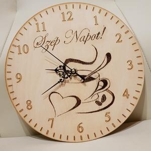 Egyedi, kézzel készített - fa fali óra, pirográffal díszített, Otthon & lakás, Lakberendezés, Falióra, óra, Gravírozás, pirográfia, Fali óra, melyre pirográffal égetem a kiválasztott grafikát, szöveget. Többféle méretben is készítem..., Meska