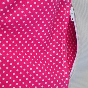 Pink pöttyös kistáska - táska & tok - kézitáska & válltáska - vállon átvethető táska - Meska.hu