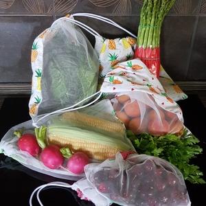 5 db zöldség/gyümölcs bevásárló zsák, Zöldség/Gyümölcs zsák, Bevásárlás & Shopper táska, Táska & Tok, Varrás, Tüll és mintás pamutvászonból varrtam ezeket a zsákokat a zöldségek, gyümölcsök, pékáruk vásárlásáho..., Meska