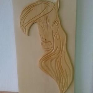 Ló fej faragás  (Goncolszeker) - Meska.hu