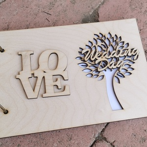 Esküvői vendégkönyv A5 méretű , Esküvő, Emlék & Ajándék, Vendégkönyv, Gravírozás, pirográfia, 15 darab kemény lapot tartalmaz, amelyre lehet írni, fényképet ragasztani.\nFa elő és hátlap\nElkészül..., Meska