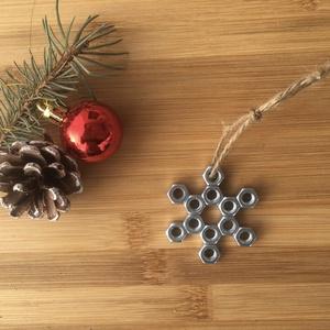 """Elza hópehely (kicsi) Karácsonyfa dísz, Karácsony & Mikulás, Karácsonyi dekoráció, Fémmegmunkálás, Mindenmás, Elza, Barkács, """"Steampunk"""" karácsonyi dísz design, termékeink elkészítésénél igyekszünk a magas minő..., Meska"""