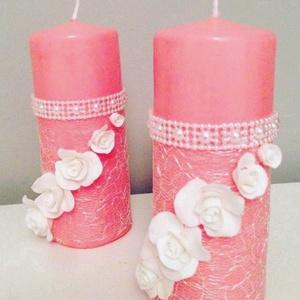 Kézműves rózsaszín dekor-gyertya , hófehér agyagvirággal díszítve ! - otthon & lakás - dekoráció - gyertya & gyertyatartó - Meska.hu