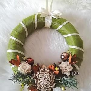 Elegáns ajtódísz a Karácsony jegyében !, Otthon & Lakás, Karácsony & Mikulás, Karácsonyi kopogtató, Mindenmás, Virágkötés, Elegáns ajtódísz a Karácsony jegyében .Átmérője 25 cm + dekoráció.\n\nA  színes háncsvirágok,szárazvir..., Meska