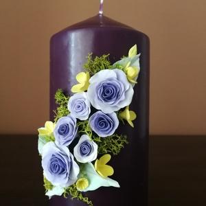 Bordó dekor - gyertya , lila  agyagvirágokkal díszítve, Otthon & Lakás, Gyertya & Gyertyatartó, Dekoráció, Gyurma, Mindenmás, Meska
