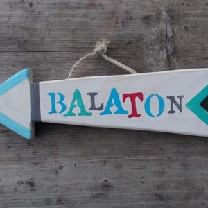 Balaton dekorációs nyíl, Dekoráció, Otthon & lakás, Férfiaknak, Lakberendezés, Famegmunkálás, Festett tárgyak, Balaton dekorációs nyíl. Kézzel vágott, kézzel festett, tömör fa, polírozott, lakkozott termék. Mére..., Meska