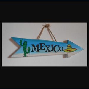 Mexico dekorációs nyíl, Otthon & Lakás, Lakberendezés, Famegmunkálás, Festett tárgyak, Postázás megoldható. MEXICO dekorációs nyíl. Kézzel vágott, kézzel festett, lakkozott, tömör fa term..., Meska