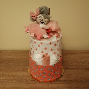Minnie egeres kétszintes pelenkatorta , Játék & Gyerek, Babalátogató ajándékcsomag, Mindenmás, Baba látogatóba készülsz vagy éppen a kolléganőd babát vár? Nem tudod mit vigyél ajándékba? Pelenkat..., Meska