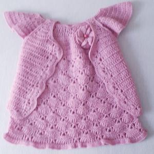 Kézzel horgolt ruhácska boleróval 8-12 hónapos kislányoknak, Ruha & Divat, Babaruha & Gyerekruha, Babafotózási ruha és kellék, Horgolás, Rózsaszín, horgolt ruhácska, hozzáillő boleróval.\nA ruhán elől 3D-s virág, középen rózsaszín gyönggy..., Meska