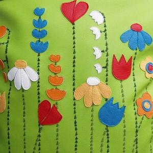 Vidám tavaszi virágos táska (gubolyka) - Meska.hu