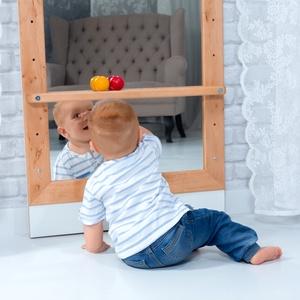 Montessori-tükör – Éger fából, Gyerek & játék, Gyerekszoba, Gyerekbútor, Famegmunkálás, Mindenmás, A négy különböző magasságba állítható Montessori-tükör tökéletes kiegészítője lehet kisgyermeke szo..., Meska
