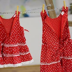 Pirosfestő 62-104-es lány ruha madeira  csipke díszítéssel (gyetomi) - Meska.hu