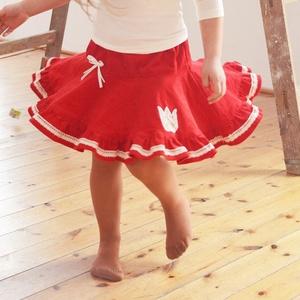 PÖRGŐS kord szoknya, 74-104-es, piros, lány, pamut  csipke díszítéssel 86-104, Táska, Divat & Szépség, Gyerekruha, Ruha, divat, Gyerek & játék, Baba (0-1év), Gyerek (1-10 év), Varrás, Hímzés, A piros, pörgős, lány kordbársony szoknya anyaga bőrbarát: 95 % pamut, 5 % elasztán (ez utóbbitól vá..., Meska