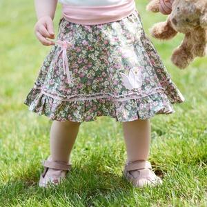 Zöld-rózsaszín, PÖRGŐS, 110-164-es pamut, virágos nyári szoknya , Táska, Divat & Szépség, Gyerekruha, Ruha, divat, Gyerek & játék, Baba (0-1év), Gyerek (1-10 év), Varrás, Hímzés, A csodaszép zöld-rózsaszín apró virágos nyári szoknya romantikus stílusa magával ragadó.\nA szaténsza..., Meska