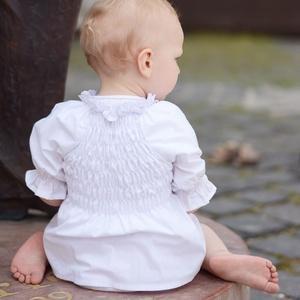 Blúz 110-164-es, fehér, mellben gumizott, Táska, Divat & Szépség, Gyerekruha, Ruha, divat, Gyerek & játék, Gyerek (1-10 év), Kamasz (10-14 év), Varrás, Ez a 100 % pamutból készült blúz csinos és kényelmes viselet kicsiknek és nagyoknak. \nA blúz nyaka g..., Meska