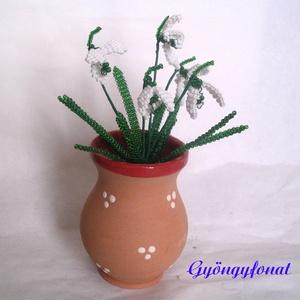 Hóvirág cserép kancsóban gyöngyből, asztali dísz, lakás dekoráció (gyongyfonat) - Meska.hu