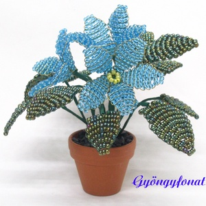 Kék fokföldi ibolya gyöngyből, cserepes virág  (gyongyfonat) - Meska.hu