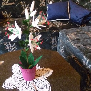 Horgolt Virágok, Csokor & Virágdísz, Dekoráció, Otthon & Lakás, Horgolás, Különböző színű cserepes virágok.\nA kért színben., Meska