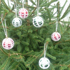 Horgolt gömb2, Otthon & Lakás, Karácsony & Mikulás, Karácsonyfadísz, Horgolás, Különböző színű gömbök többféle mintával behorgolva.\nSzép dísze a fenyőfának., Meska