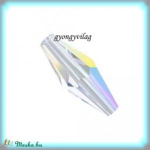 Swarovski  virntage 6mm-es  2db/cs GYSWGY VIN15 crystal AB, Gyöngy, ékszerkellék, Swarovski kristályok, Ékszerkészítés, Gyöngy, Eredeti swarovski kristály vintage .\nSzín: crystal ab\nMéret:15mm\n1db \n\nAz ár egy darabra  (1db) vona..., Meska
