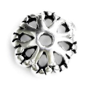 925-ös sterling ezüst gyöngykupak  1db/ csomag  EGYK 25, Gyöngy, ékszerkellék, Fém köztesek, Ékszerkészítés, Fém köztesek, EGYK 25\n\n925-ös fémjellel ellátott\nantikolt\nvalódi ezüst (bevizsgált)\ngyöngykupak.\n\n\n1 db / csomag\n\n..., Meska