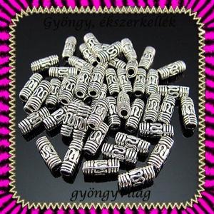 Ékszerkellék: köztes / díszítőelem / gyöngy BKÖ 1S 11-8e 10db/csomag, Gyöngy, ékszerkellék, Egyéb alkatrész, Ékszerkészítés, Mindenmás, Szerelékek, BKÖ 1S-11-8e  Tibeti ezüst hatású gyöngy/köztes  10db/csomag  Méret:8 x 3 mm       , Alkotók boltja