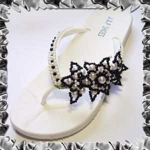 Gyöngyhimzett Flip-flop papucs  SP02-1 - ruha & divat - cipő & papucs - papucs - Meska.hu
