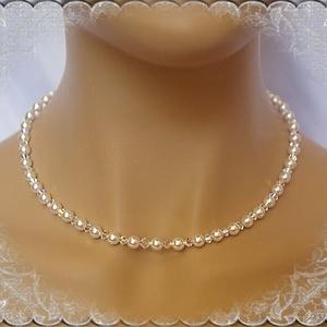 Esküvői, menyasszonyi nyaklánc, swarovszki kristály SL-ESW01, Ékszer, Nyaklánc, Esküvő, Esküvői ékszer, Ékszerkészítés, Gyöngyfűzés, gyöngyhímzés, Ezt a klasszikus, szolid nyakláncot 6mm-es  fehér swarovszki tekla gyöngyből és 4-es swarovszki AB b..., Meska