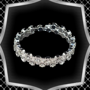 Két soros kristály karkötő ES-K04-2e fehér, Ékszer, Karkötő, Széles karkötő, Ékszerkészítés, Gyöngyfűzés, gyöngyhímzés, Meska