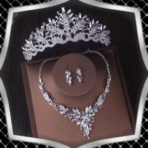 Ékszerek-szettek: Esküvői, menyasszonyi, alkalmi ékszer szett+tiara ES-SZ40, Esküvő, Hajdísz, Fésűs hajdísz, Ékszerkészítés, Gyöngyfűzés, gyöngyhímzés, Meska