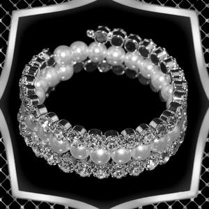 Ékszerek-karkötők: Három soros viaszgyöngy-kristály karkötő ES-K07-3e, Esküvő, Ékszer, Karkötő & Csuklódísz, Ékszerkészítés, Gyöngyfűzés, gyöngyhímzés, Meska