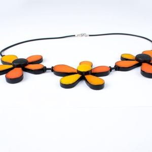 Narancs 3 virág nyaklánc (gyurmaland) - Meska.hu